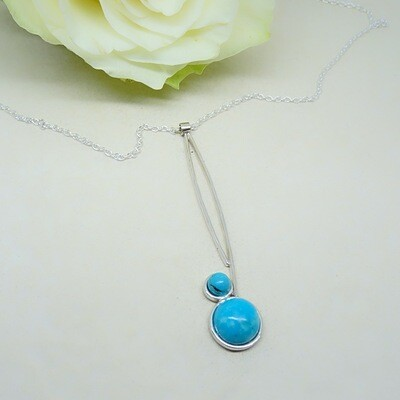Shiny silver pendant - Turquoise stones