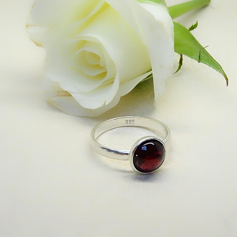 Silver stack of rings - Garnet stones