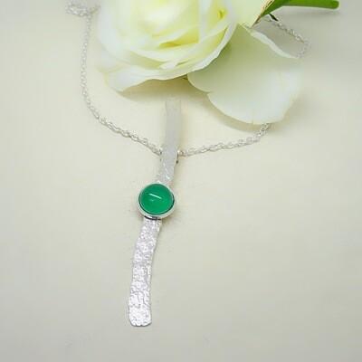 Shiny silver pendant - Green Onyx stones