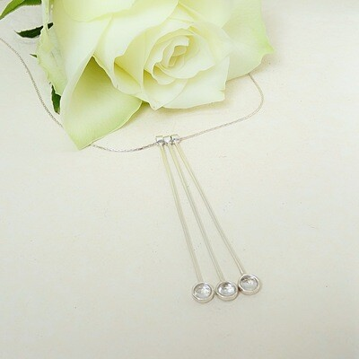 Shiny silver pendant - Crystal stone