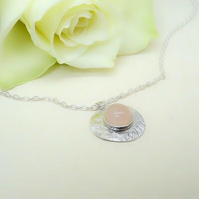 Silver hammered pendant - Rose Quartz stone