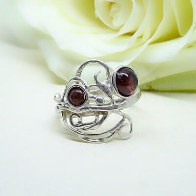 Silver ring - Garnet stones
