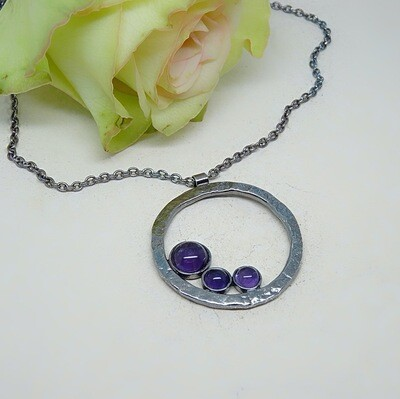 Silver pendant - Amethyst stones