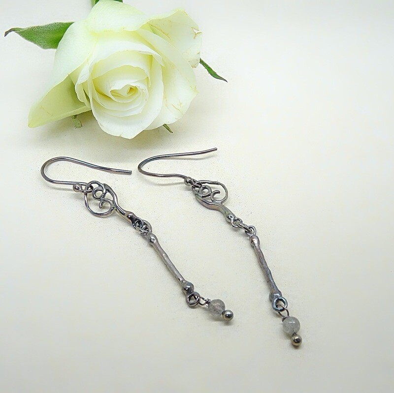 Silver Earrings - Labradorite pearls