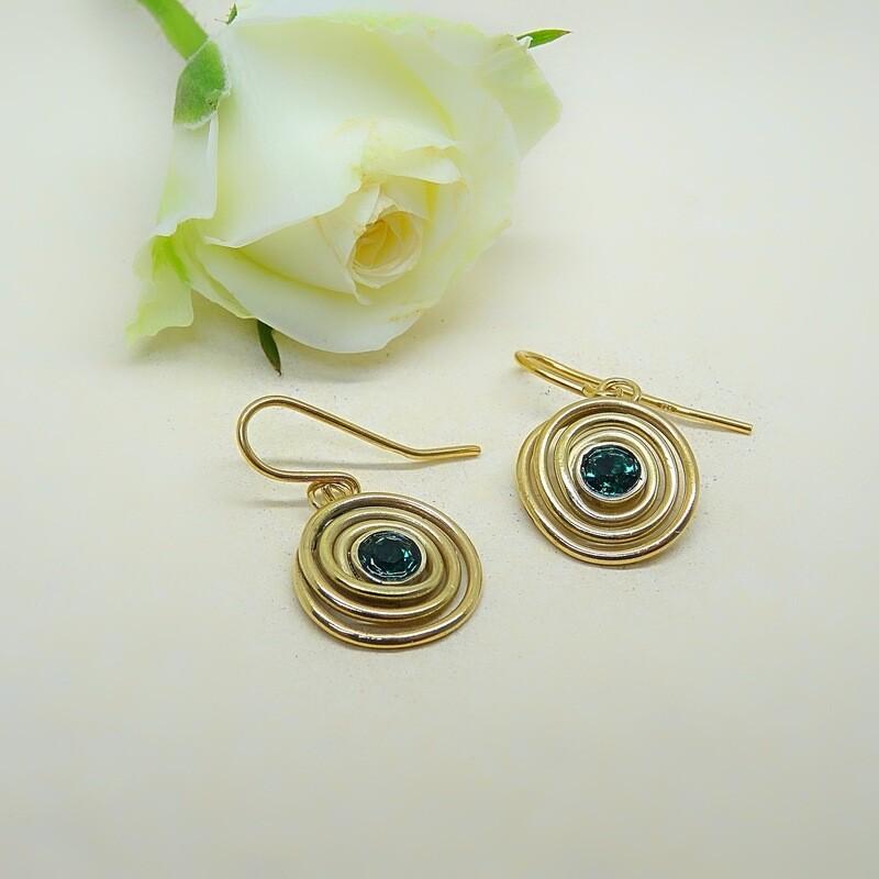 Gold-plated earrings - Emerald Swarovski