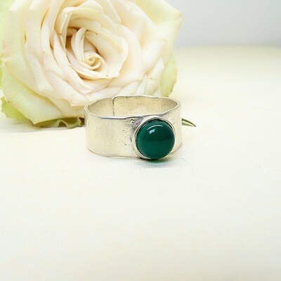 Silver ring - Green Onyx stone