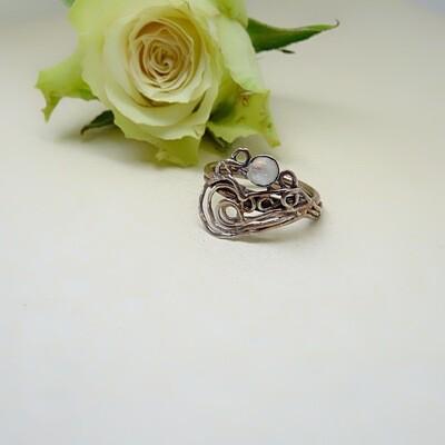 Silver ring - Moonstone