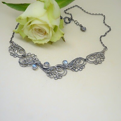 Silver necklace - Moonstone