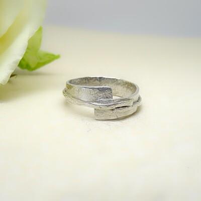Silver ring - Hammer-stone