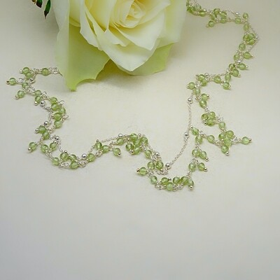 Silver necklace - Peridot