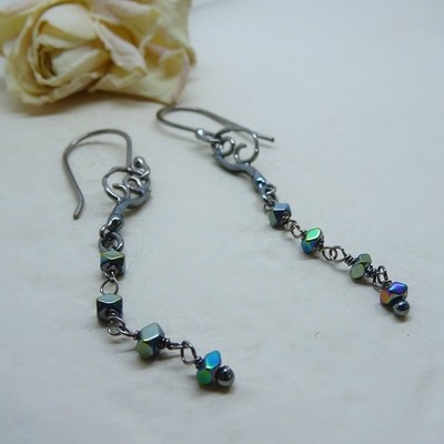 Silver earrings with Hematite pearls
