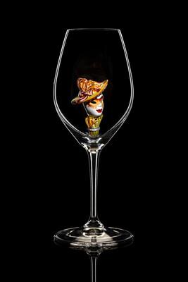 Бокал для шампанского - Маска (золотая шляпа). Стекло Ридель.