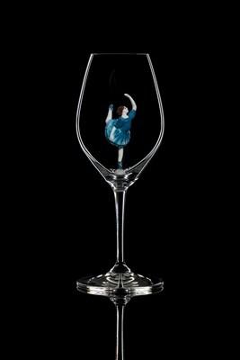 Бокал для шампанского Балерина в синем 2. Стекло Ридель.