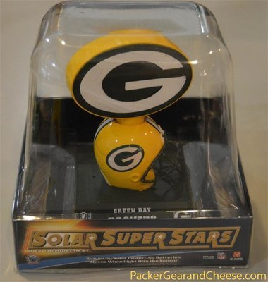 Solar-Powered Green Bay Packers Logo Bobble