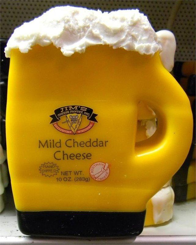 Wisconsin Mild Cheddar Cheese 10oz. Beer Mug