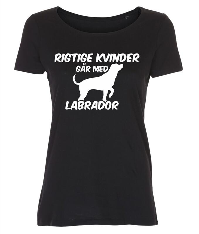 T-shirt med tryk - Rigtige kvinder går med... - Forskellige