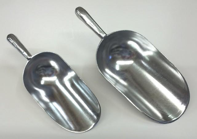 Foderskovl i aluminium 0,6 liter