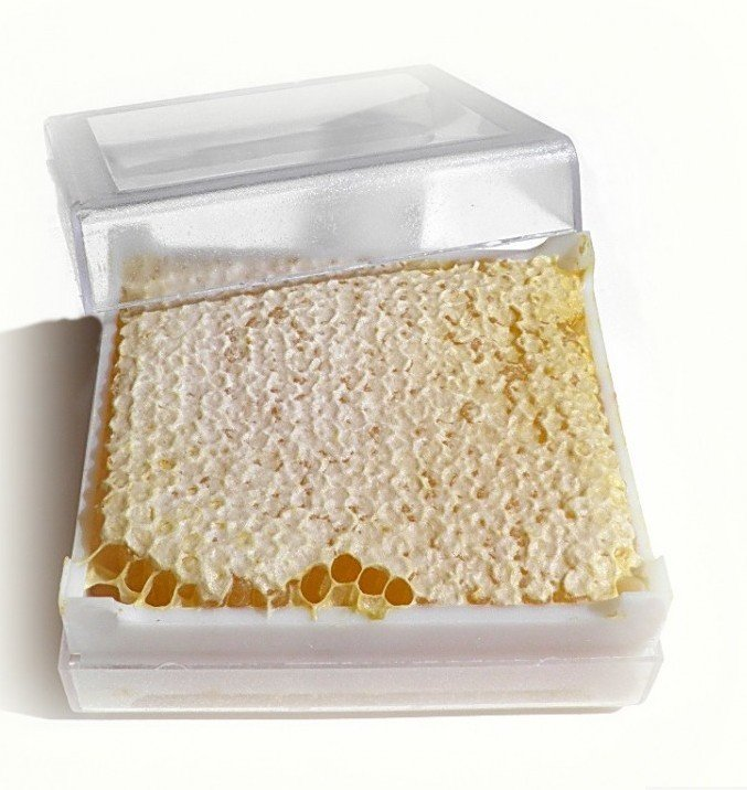 Мёд в сотах 1 кг.