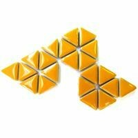 Ceramic triangles: Curry