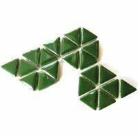 Ceramic triangles: Pesto