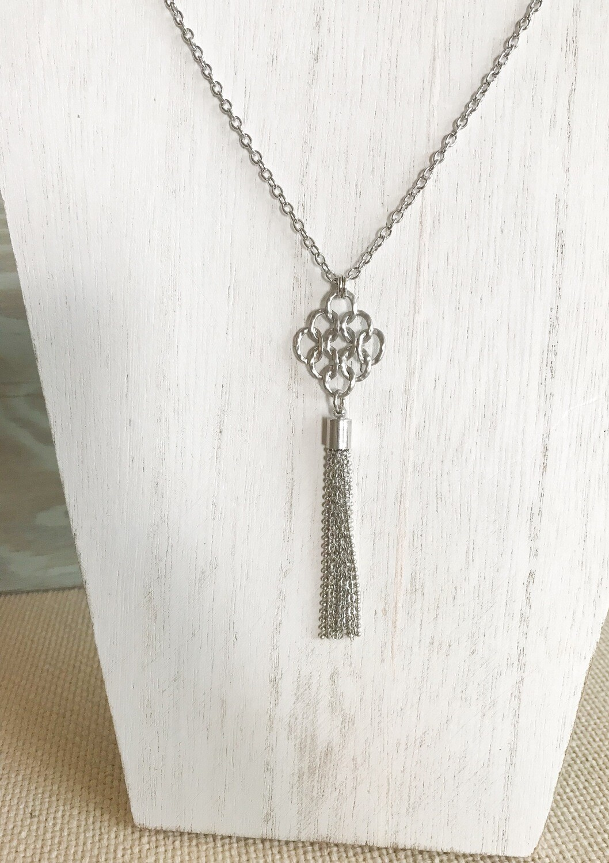 Silver Tassel - short style
