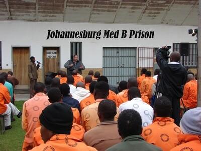DVD: Johannesburg Med B Prison
