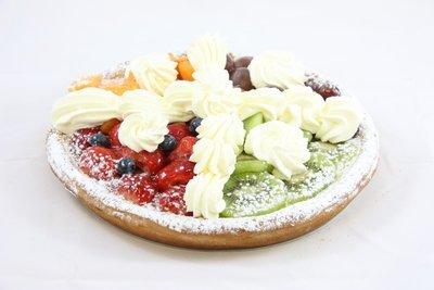 Vers-Fruit taart met slagroom