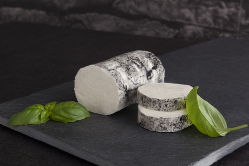 Ashed goat cheese (150g) جبنة ماعز ساندريه