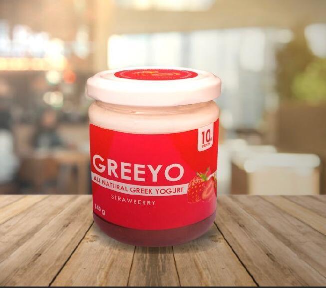Strawberry greek yogurt (140g) زبادي يوناني بالفراولة