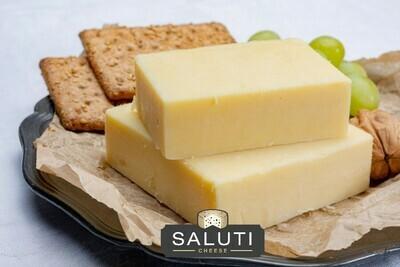 Low-fat White Cheddar Cheese (200g) جبن شيدر ابيض قليل الدسم