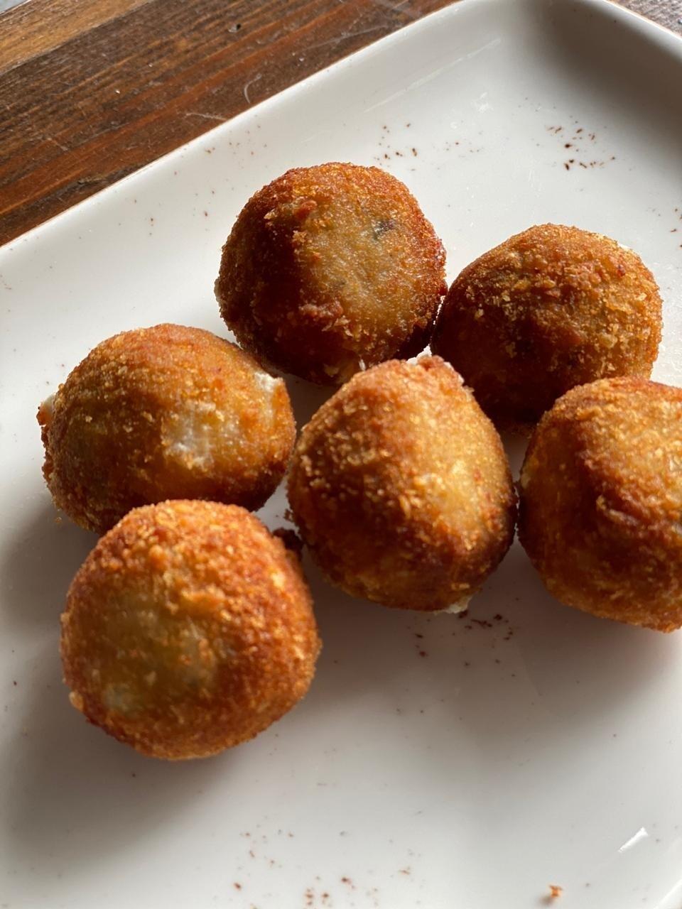 Chicken Cheese Balls (500g) كرات الدجاج بالجبنة