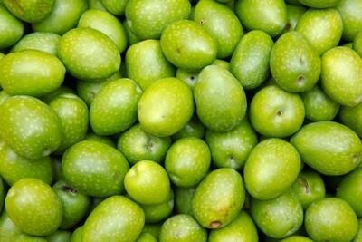Raw Azizi Green Olives (1kg) زيتون اخضر عزيزي