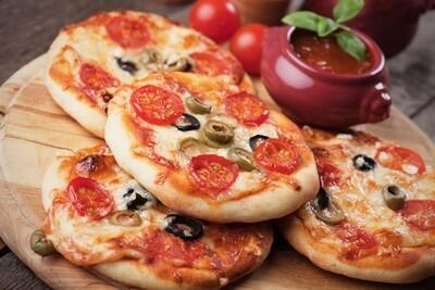Mini Margherita Pizzas (300g) مينى بيتزا مارجريتا