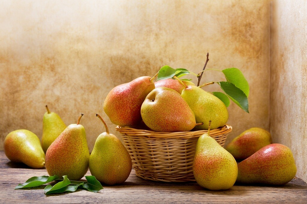 Imported Pears (1kg) كمثرى مستوردة