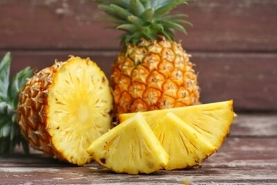 Extra sweet pineapple (per piece) اناناس سكري