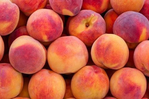 Peaches (500 gm) خوخ