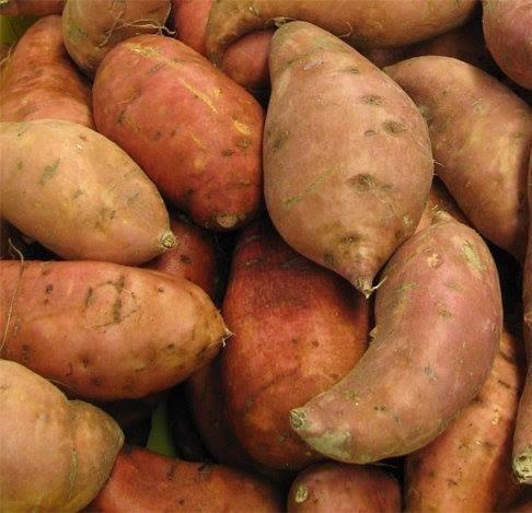 Sweet potatoes (1 kg) بطاطا