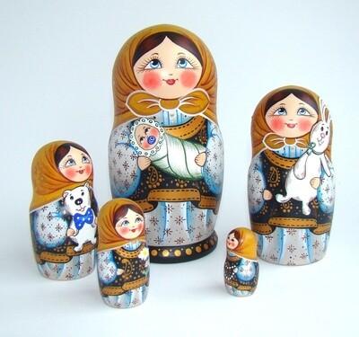 Матрёшка авторская «Дуняша» 5 кукол (опт)
