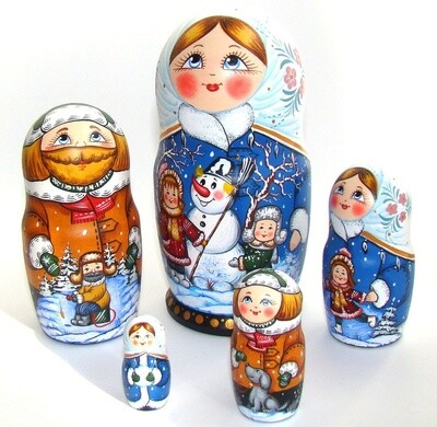 Матрёшка авторская «Зимние забавы» 5 кукол (опт)