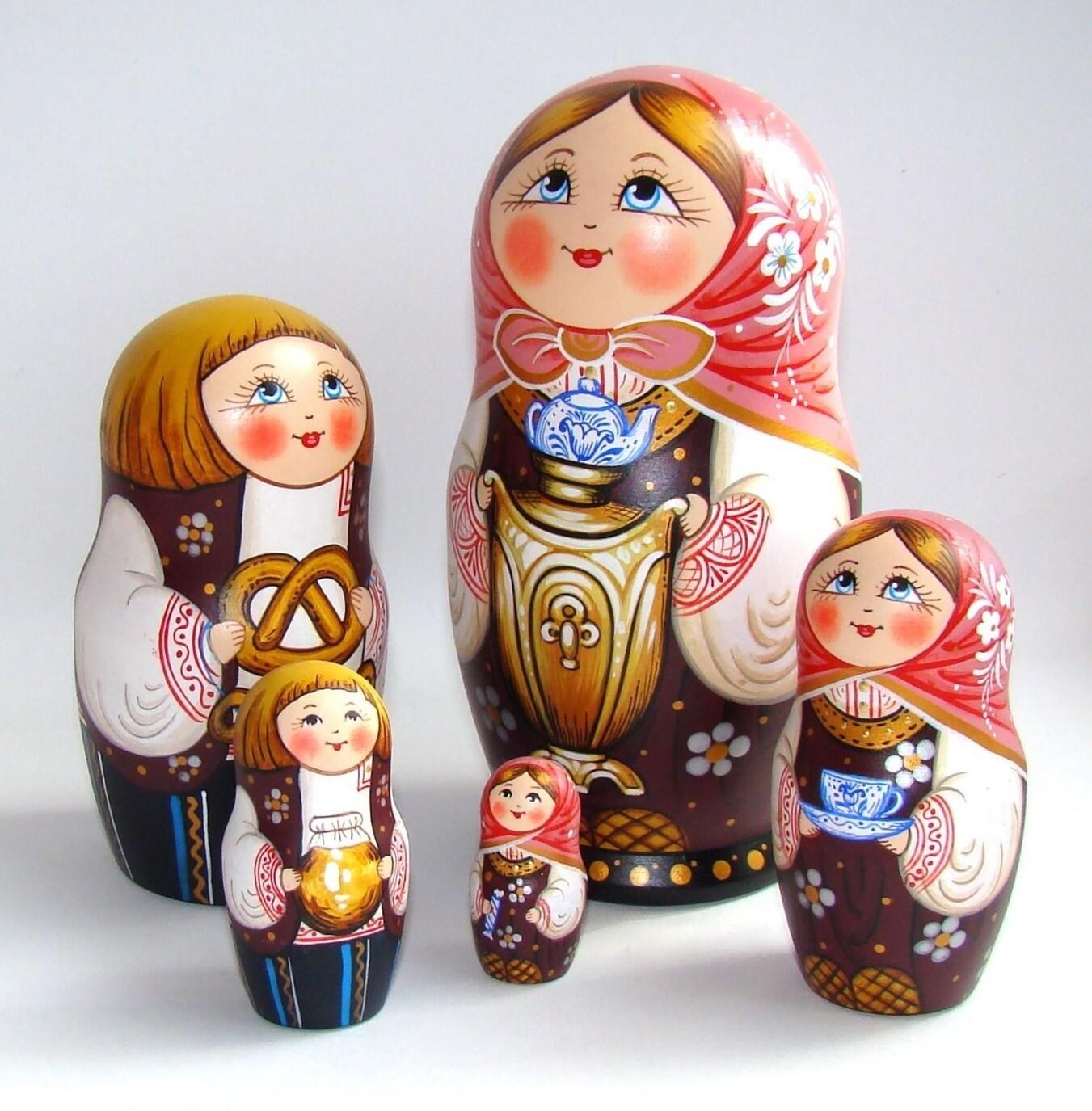 Матрёшка авторская «Маруся с самоваром» 5 кукол