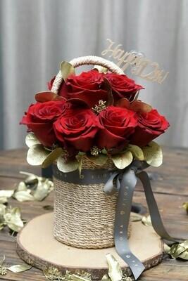 Ecuadorian Rose Basket (12 Roses)