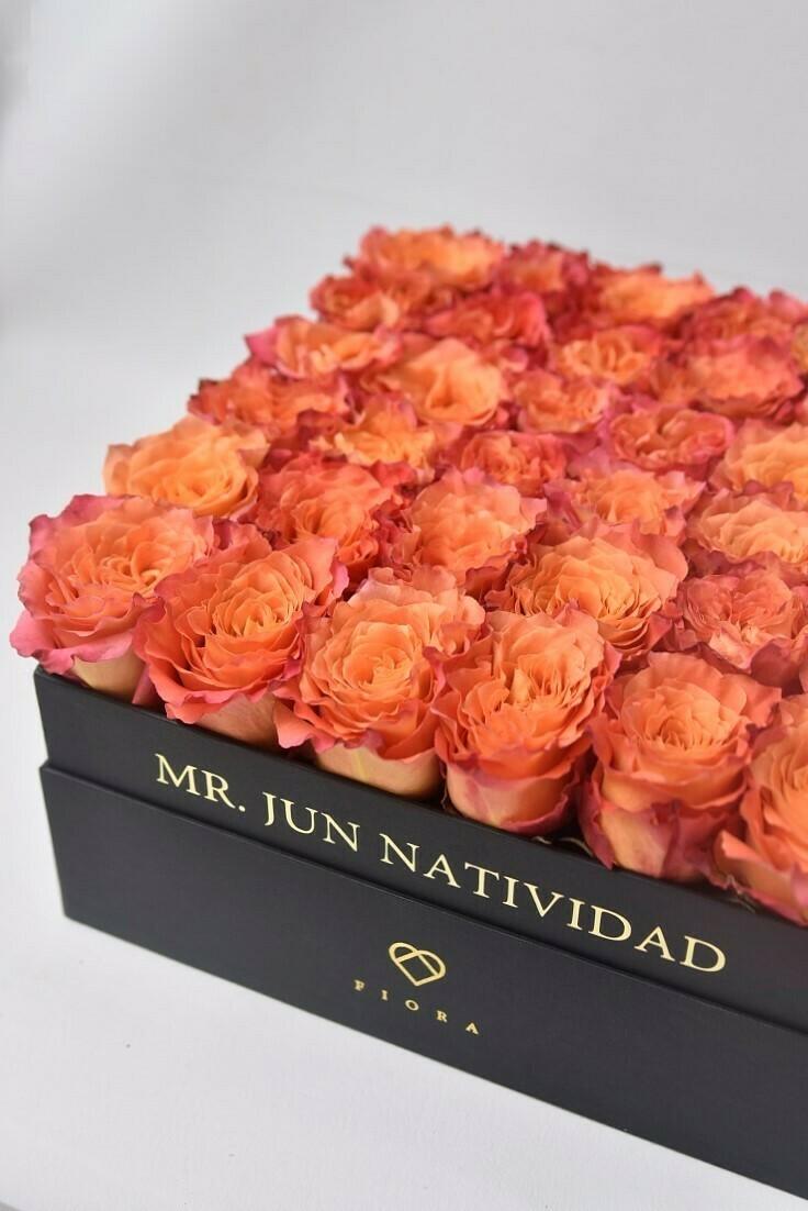 Square Box (36 Roses)