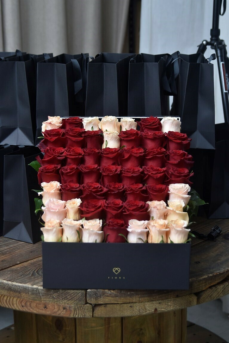 STEP In The Name Of Love (49 Fresh Roses)