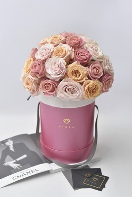 Big Bucket: Domed (36-40 Roses)
