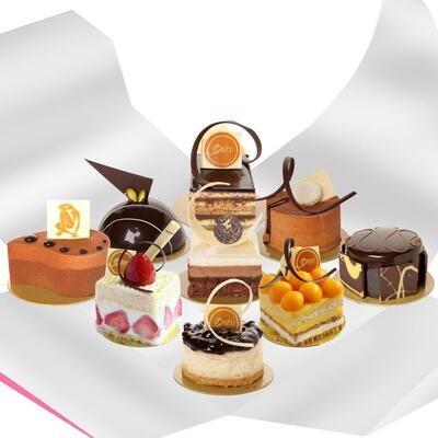 Cake Surprise Box