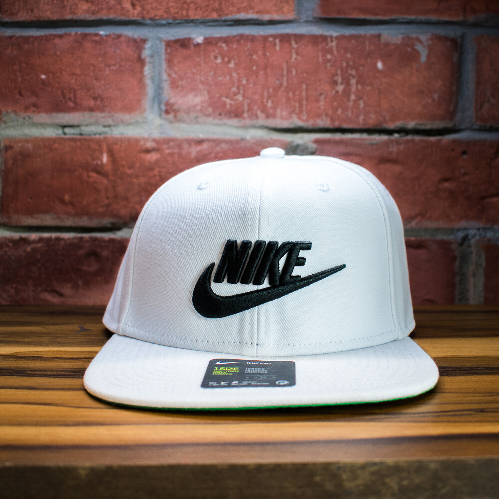 Nike - Gorra Negra