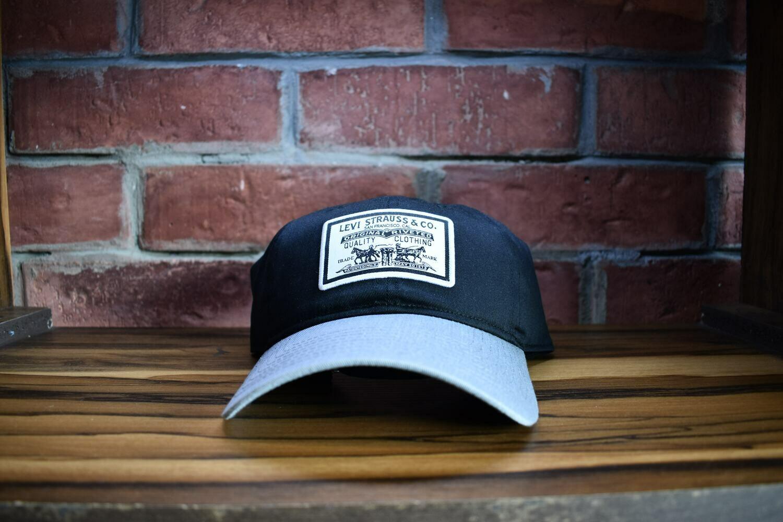 Levis - Gorra Curved Negra Gris Logo blanco