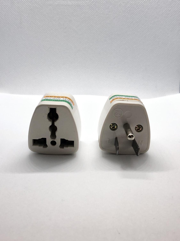 Universial plug US socket