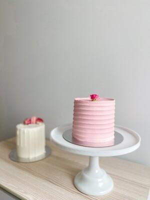 Combed Classic Cake