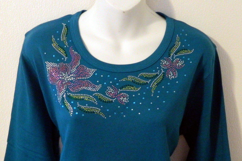 Lily  - Round neckline